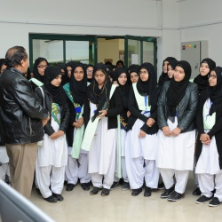 Visit of Students  Govt Post Graduate College for Women  24-11-2017
